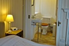 Richard Bull bedroom and bathroom